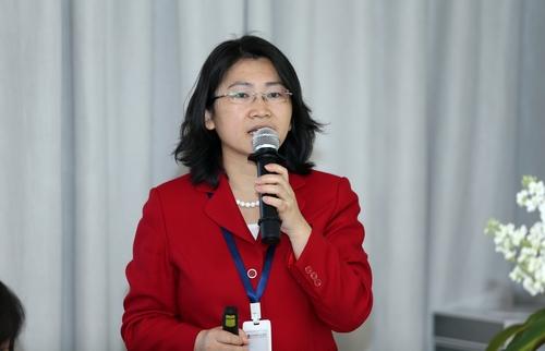 中国公益研究院助理院长程芬发布报告